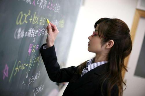 教师资格证考试的年龄限制和学历要求