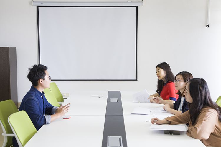 聚师网教你面试教师资格着装技巧-北京聚师网